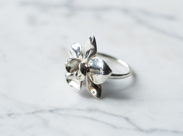 Orchid Ring in Polished Silver: 5 / 49