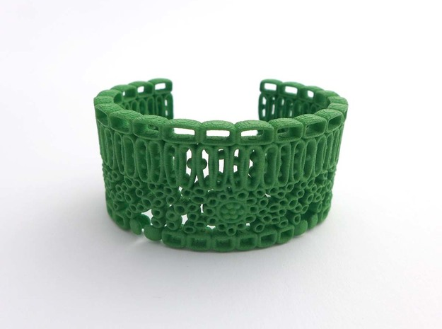 Leaf Anatomy Cuff - Science Jewelry in Green Processed Versatile Plastic: Medium