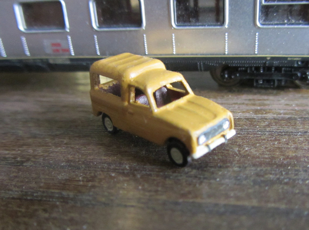 Renault 4 van in 1:160 scale (Lot of 6 cars) in Frosted Ultra Detail