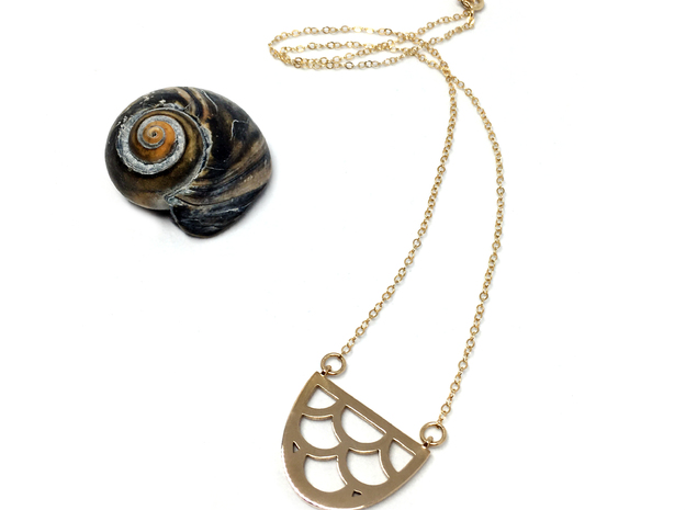 Mermaid Fish Scale pendant in Polished Bronze