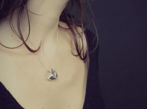 Mymo Handpolished Silver Necklace 3d printed