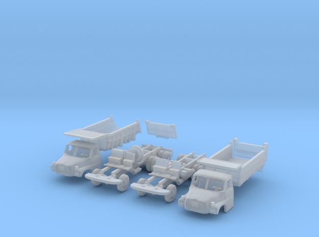 SET Tatra 148 S1 und 148 S3 (N 1:160)