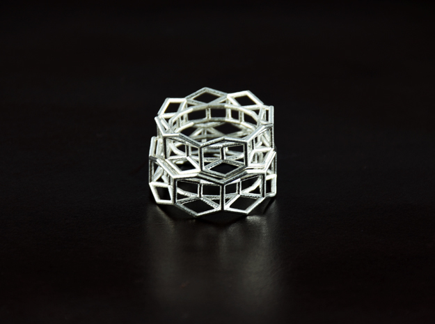 Hexagon - M in Natural Silver