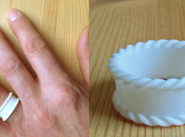 Braidsel | Men | size 11 3d printed This is a prototype in printed in white plastic.
