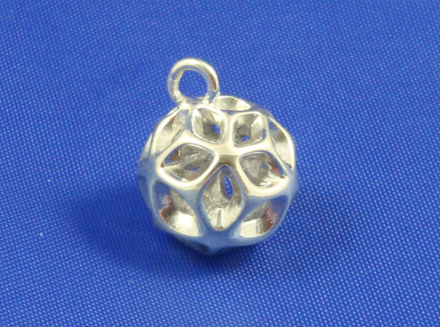 Flora Pendant- Small in Polished Silver