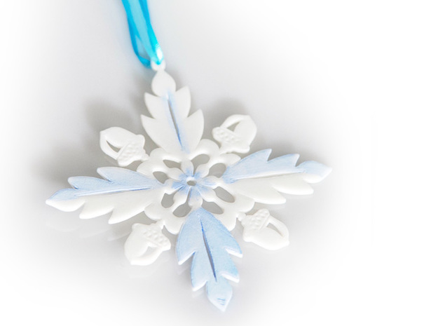 Grand Central Snowflake - Flat 3d printed Snowflake in White SF with blue paint added