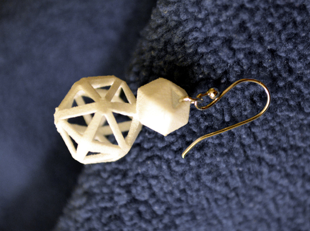 Polyhedron Snowman Earring 3d printed Polyhedron snowman earring with silver hook.