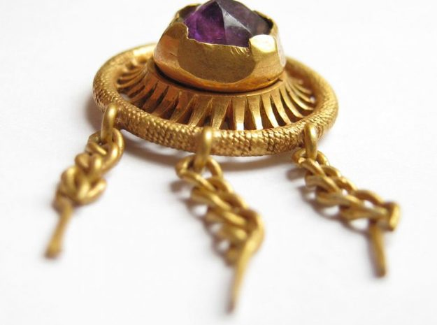 Hat Jewel Henry VII in 14k Gold Plated Brass