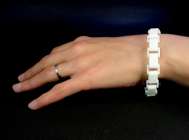 Link Bracelet 3d printed Clasped on wrist
