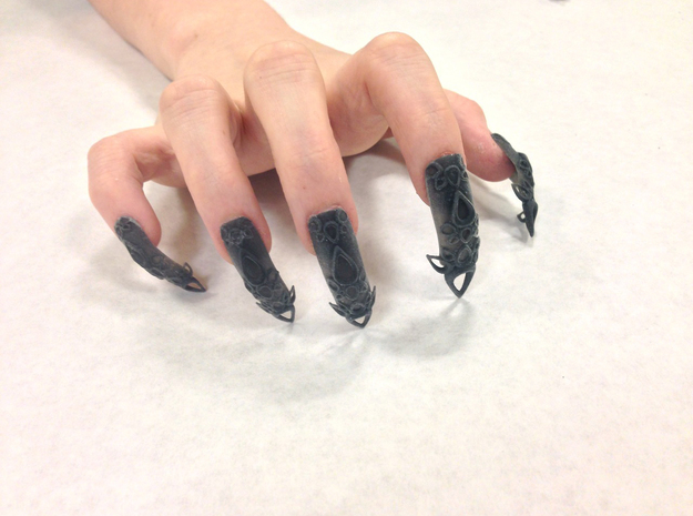 Castle Nails (Size 0)  in Black Strong & Flexible