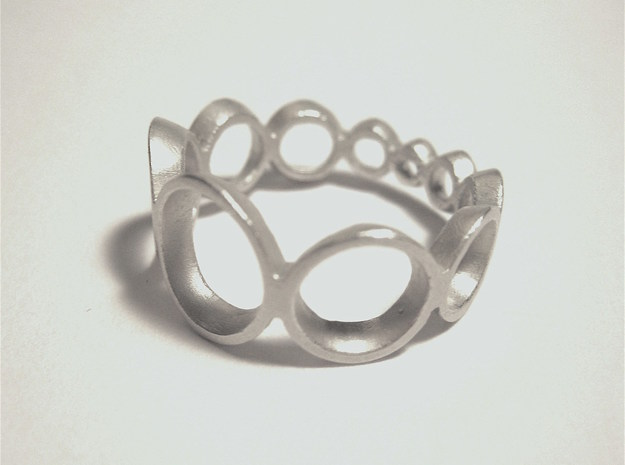 circle ring crescending in Polished Silver: 7 / 54