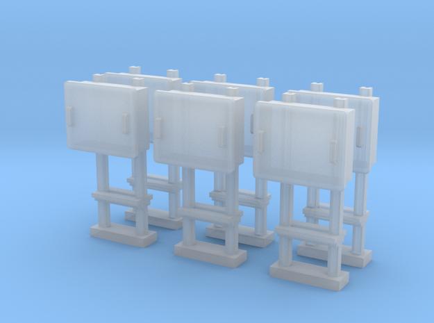 TJ-H04679x6 - Boitiers STM sur poteaux métalliques in Smooth Fine Detail Plastic