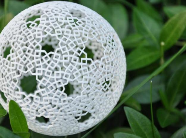 Two-point spherical star pattern in White Strong & Flexible