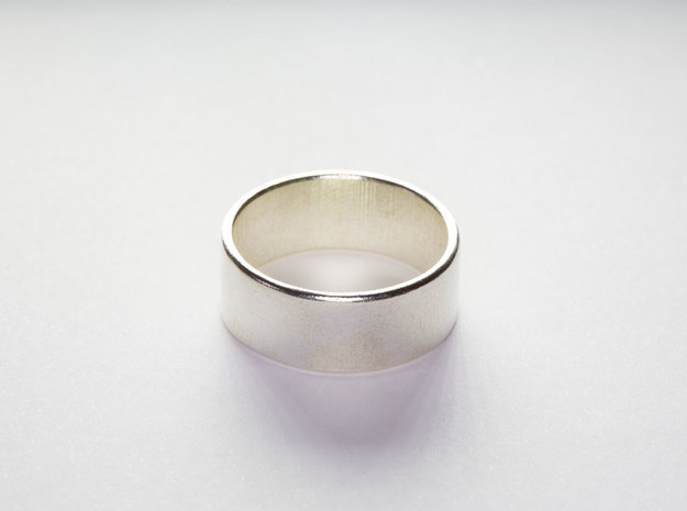 Flat Ring in Polished Silver: 8 / 56.75