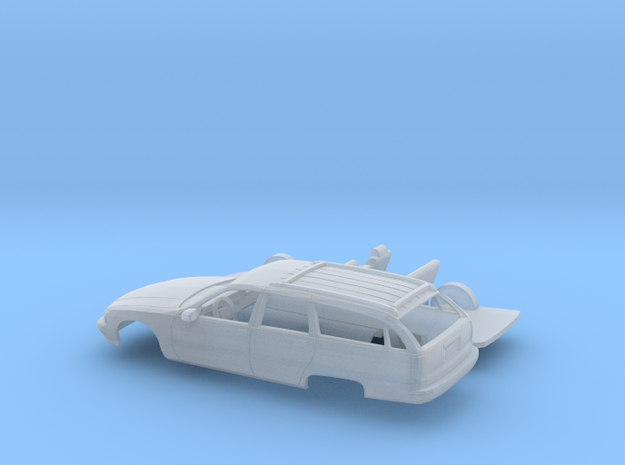 1/160 1996 Chevrolet Caprice Classic Wagon Kit in Frosted Ultra Detail