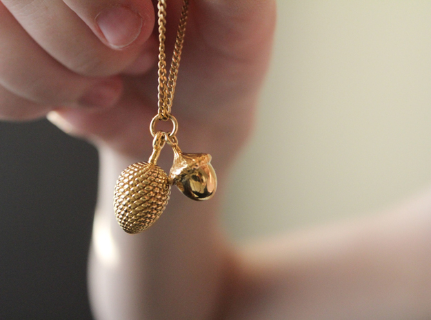 Pine Cone Pendant in 14K Yellow Gold