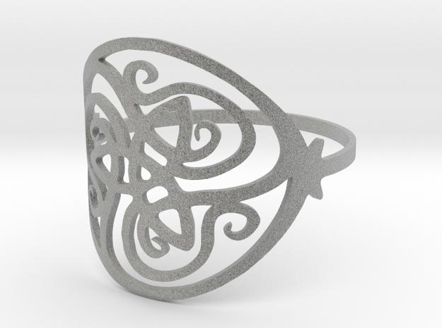 Beautiful Ring in Metallic Plastic