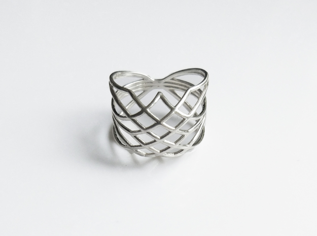 Eusebius Dome ring in Polished Silver