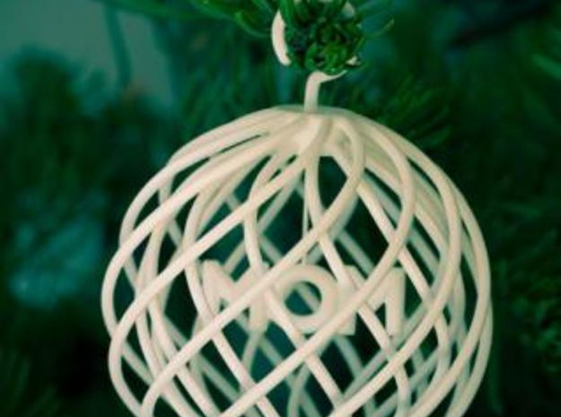 Ornament:  MOM in White Natural Versatile Plastic