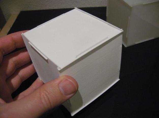 Puzzle-box Gift Cube 3d printed Assembled box