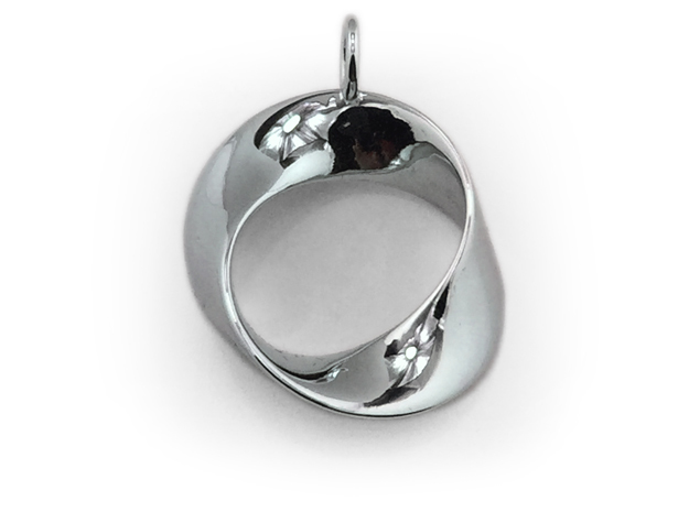 Torbius pendant in Polished Silver