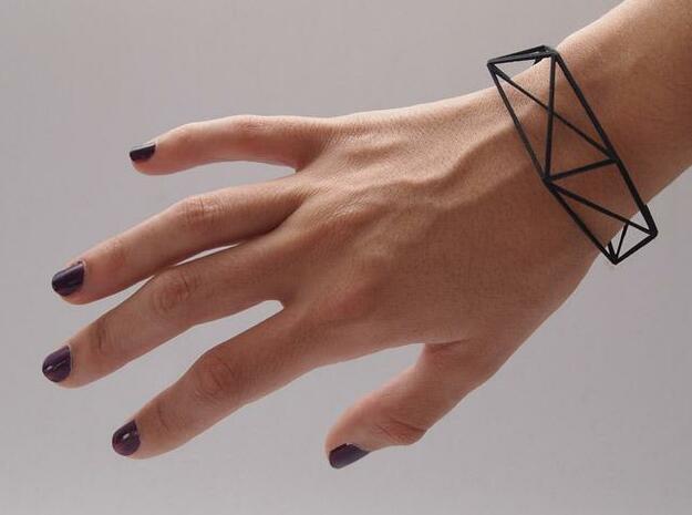 Comion open barcelet 3d printed comion open bracelet with hand