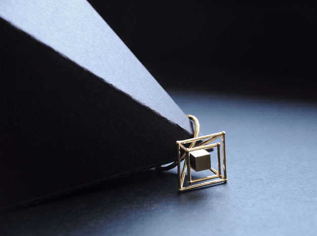Levitating cube size 50 in Raw Brass