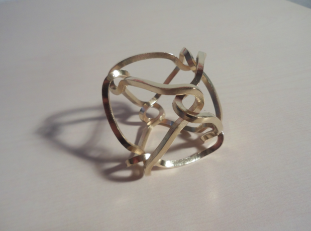 Octahedral knot (Square) in Natural Brass: Medium