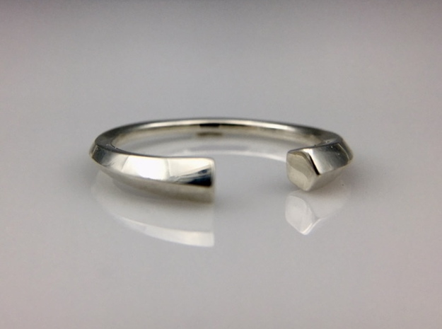 Open Pentagon Ring in Polished Silver: 8 / 56.75