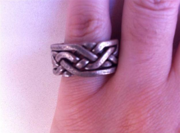 Weave Five in metal 3d printed Wearing the puzzle ring