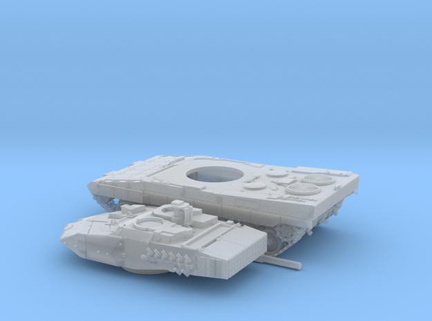 Leopard-2E-100-3-piezas-proto-01 in Smooth Fine Detail Plastic