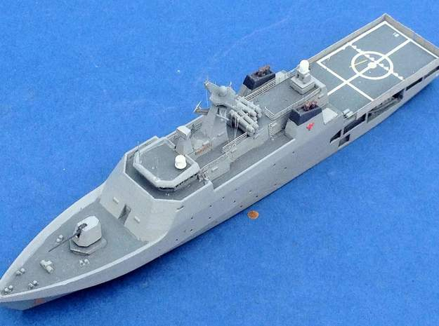 Damen OPV 2400 in White Natural Versatile Plastic: 1:700