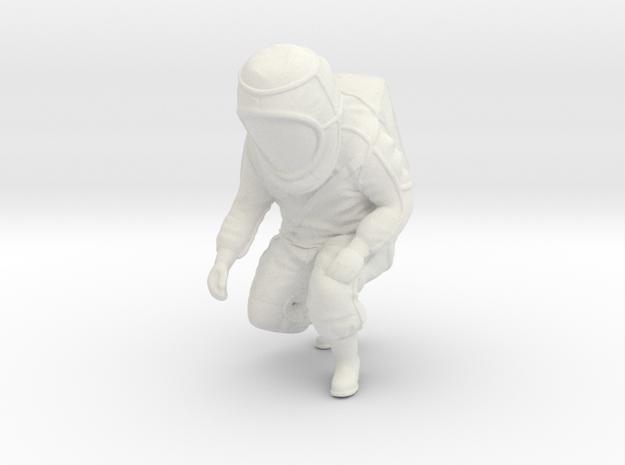 Hazmat Suit / Crouch Position / 1:32