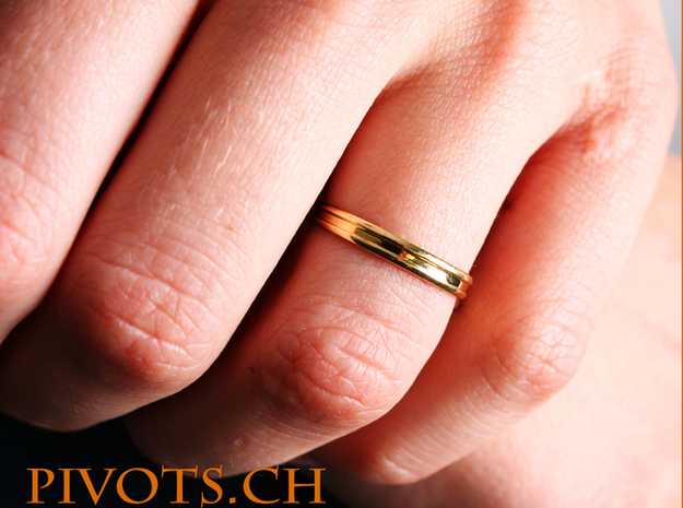 "4/5 Ring ""Victoire"" in Polished Brass"