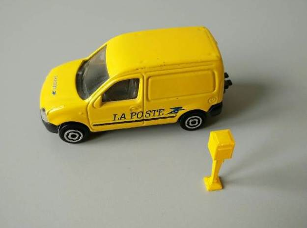 1/60 French Post Box / boîte postale n°1 in Smooth Fine Detail Plastic
