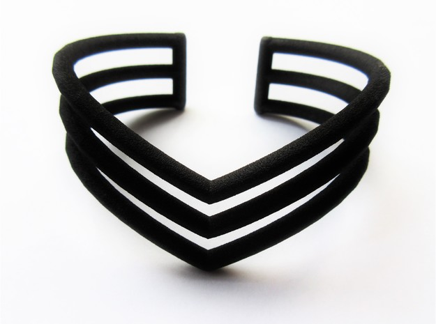 V bracelet in Black Natural Versatile Plastic
