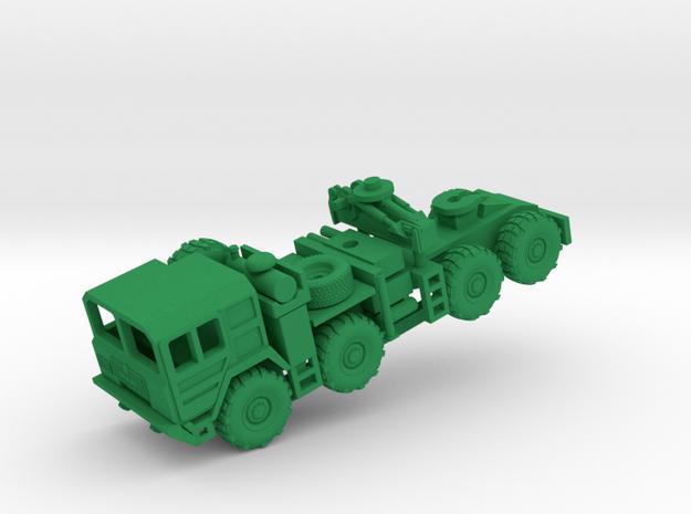GLCM MAN M-1013 w/Crane in Green Processed Versatile Plastic: 1:100