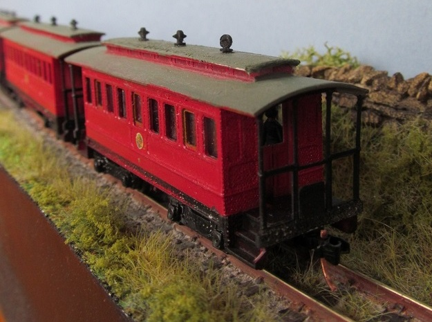 TTn3 Short Tram Coach   in Smooth Fine Detail Plastic