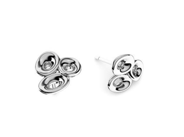 Mo-at Easy Love Earring in Polished Silver