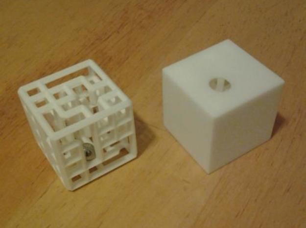 maze4c closed sharp outer 3d printed