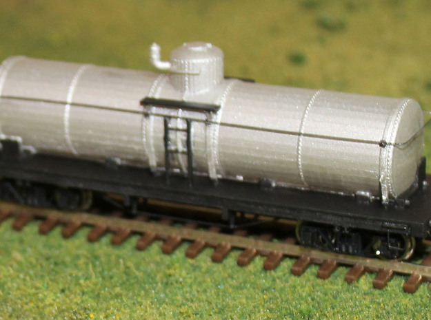 ET&WNC Tank Car for Gasoline in Smooth Fine Detail Plastic