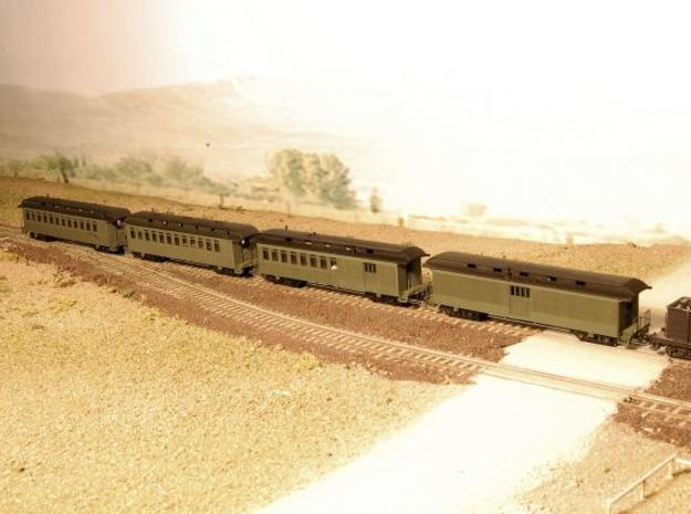 Nn3 4 car Passenger Train, w/ combine in Frosted Ultra Detail