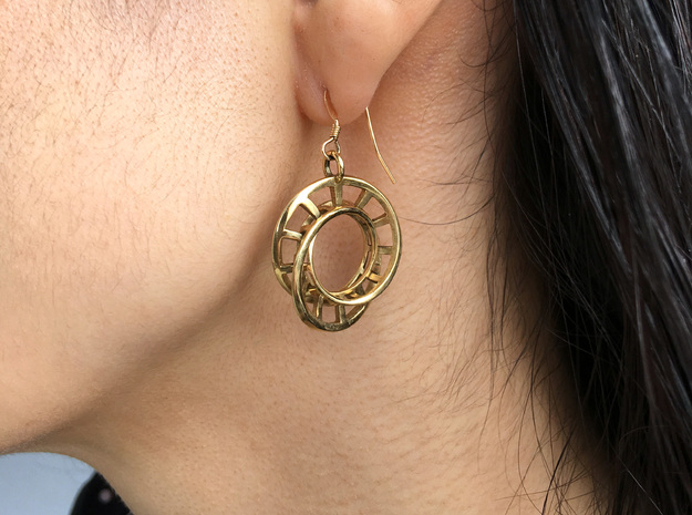 Interlocking Möbius Ladders Earrings in Polished Brass (Interlocking Parts)