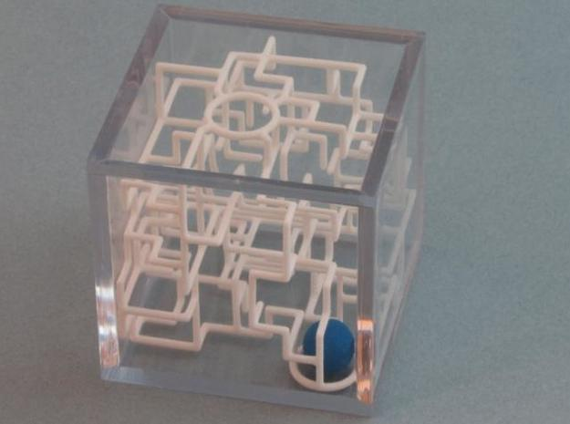 """Bare Bones"" - 3D Rolling Ball Maze in Clear Case( in White Natural Versatile Plastic"