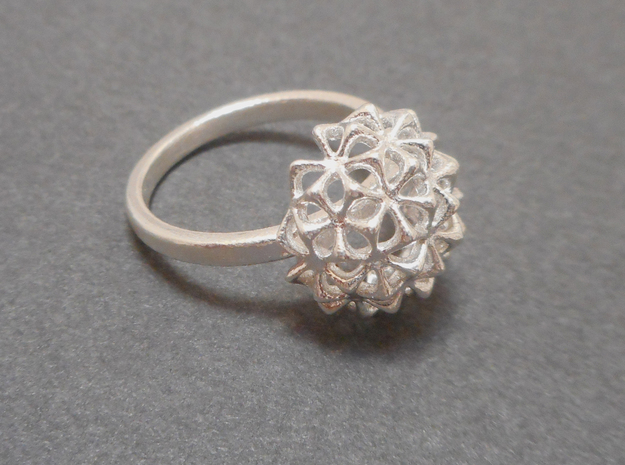 Virus Ball - Ring in Cast Metals in Natural Silver