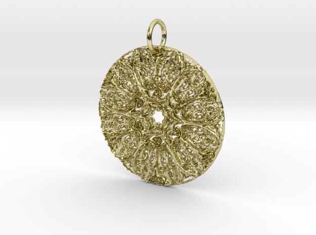 Celtic Star Pendant in 18K Yellow Gold: Medium
