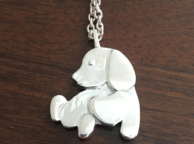 Dog with a big heart in Polished Silver