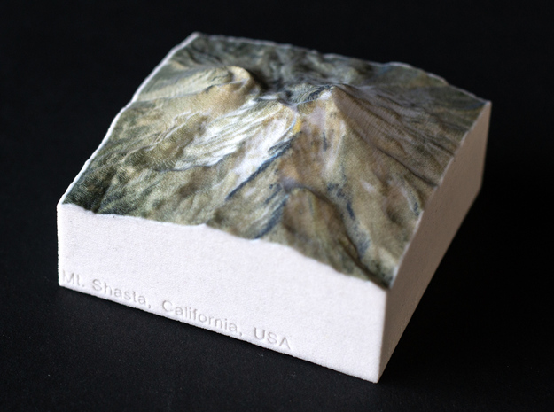 Mt. Shasta, California, USA, 1:100000 Explorer in Natural Full Color Sandstone