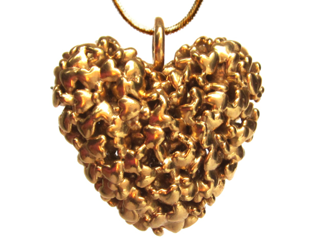 365 Hearts Pendant - Large in 14k Gold Plated Brass