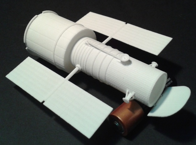 012B Hubble Space Telescope 1/144 in White Natural Versatile Plastic